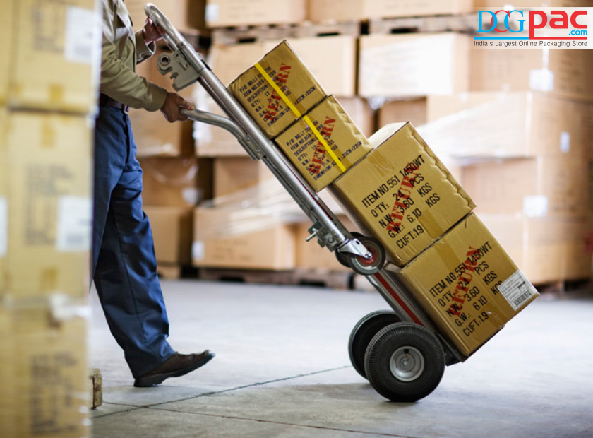 Essential Moving and Packing Supplies to Make You Move Simply